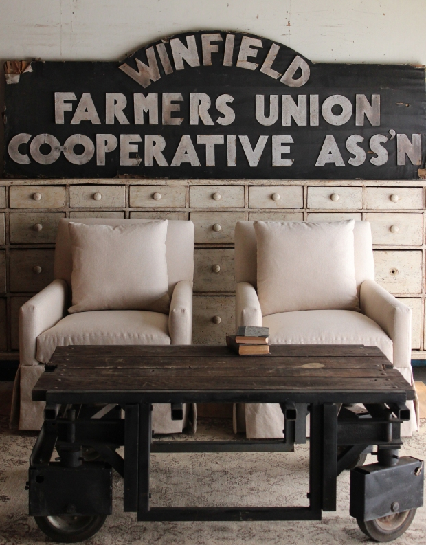 farmers.coop.chairs